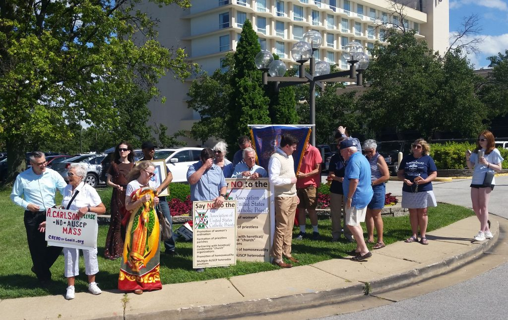 Rosary Rally outside the 2019 AUSCP convention in St. Louis